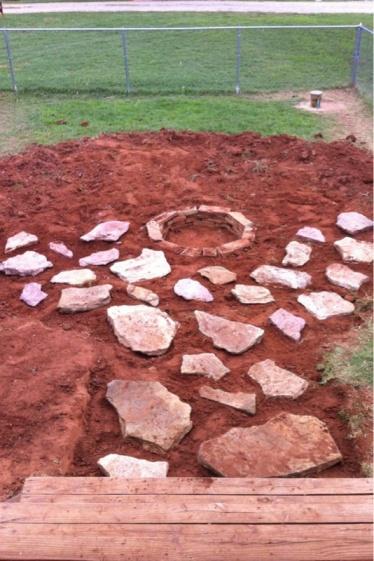 Crushing granite-image-1695008374.jpg