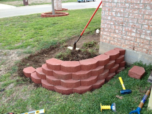 Retaining wall blocks not alligning up landscaping lawn care retaining wall blocks not alligning up image 1744513515g solutioingenieria Gallery