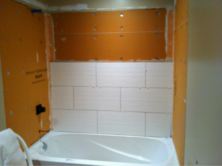 Complete re-do of my '80 main bath - let the demo begin-image-1903999830.jpg