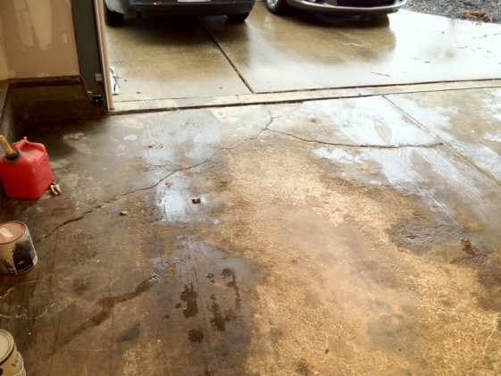 Garage floor cracks-image-2073065685.jpg