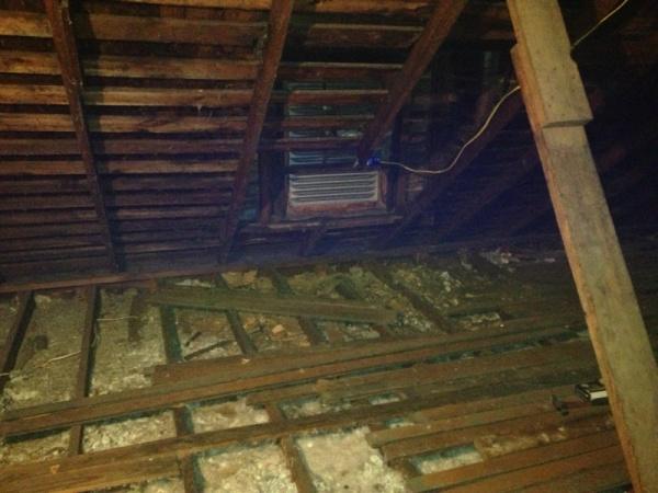 Roof edge-image-2208922048.jpg