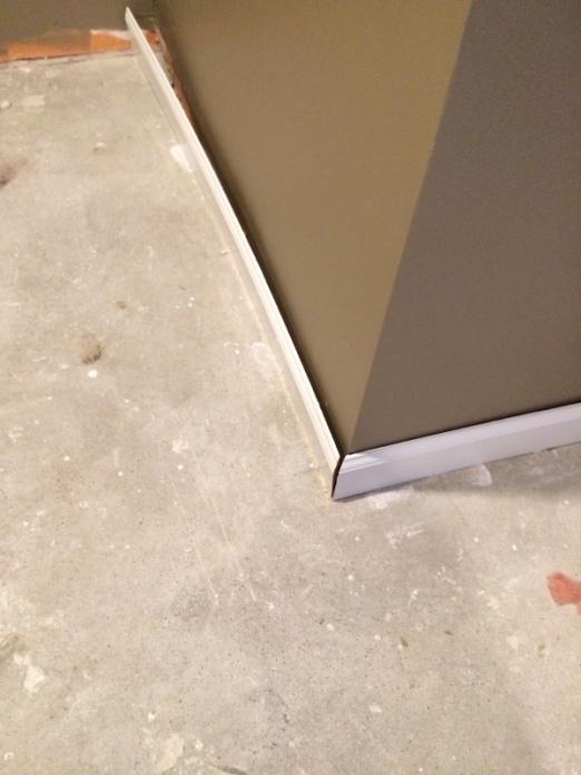 Base molding &carpet-image-2346991739.jpg