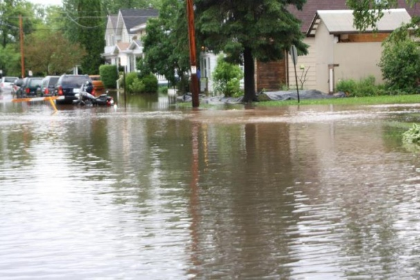Flooding up in Duluth MN/Superior WI-image-2435310960.jpg