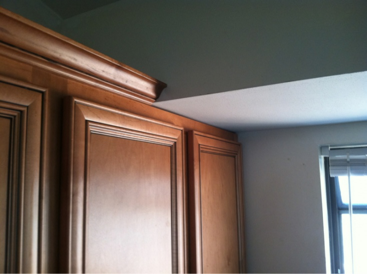 Crown molding issue-image-2472422619.jpg