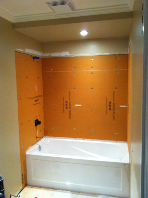 Complete re-do of my '80 main bath - let the demo begin-image-2607549304.jpg
