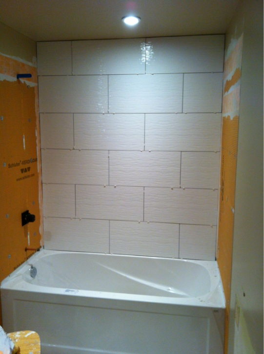 Complete re-do of my '80 main bath - let the demo begin-image-27396584.jpg