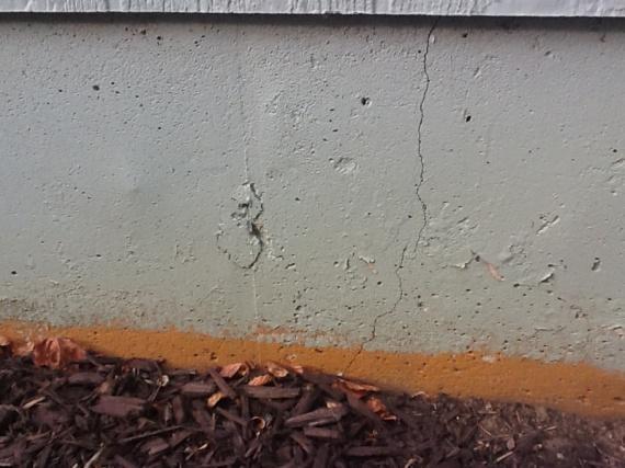 Vertical Cracks In Foundation Near Garage