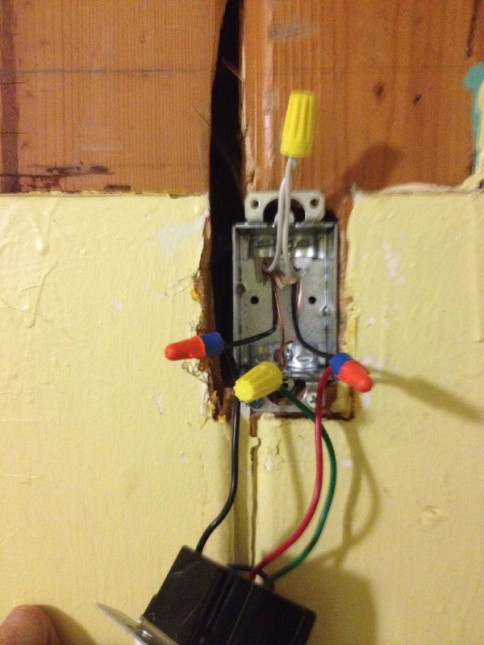 Here is an interesting/odd electrical issue..-image-3817425518.jpg