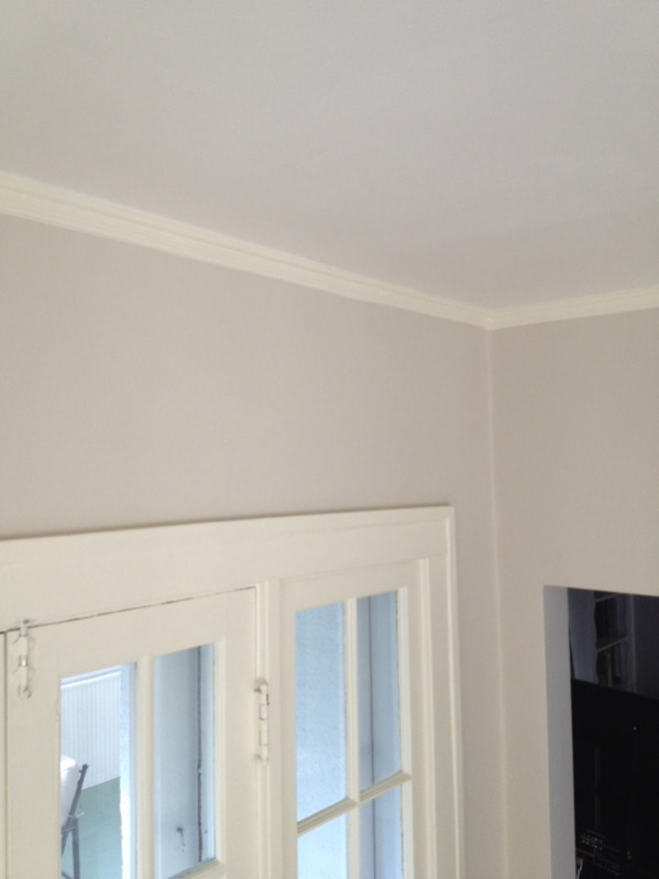 Removing crown moulding from plaster-image-4030481890.jpg