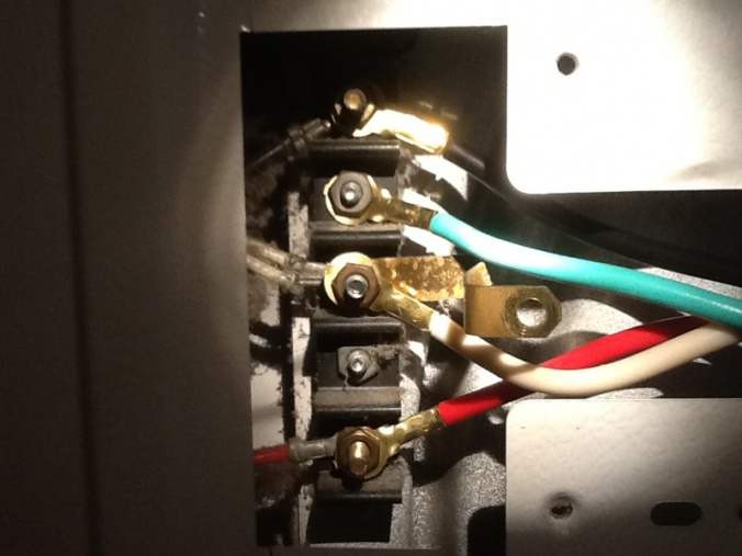 Is the ground wire okay here? 4 prong dryer cord-image-403158018.jpg