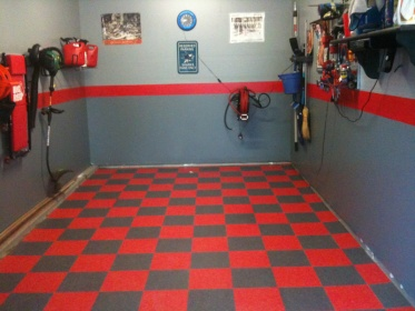 checkered vct tiled garage floor and 3 tone walls - flooring - diy