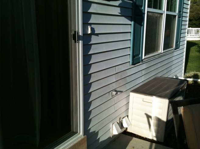 cleaning vinyl siding-image-4250406654.jpg