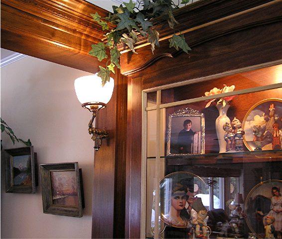 Hanging a 130lb bookcase?-image.jpeg