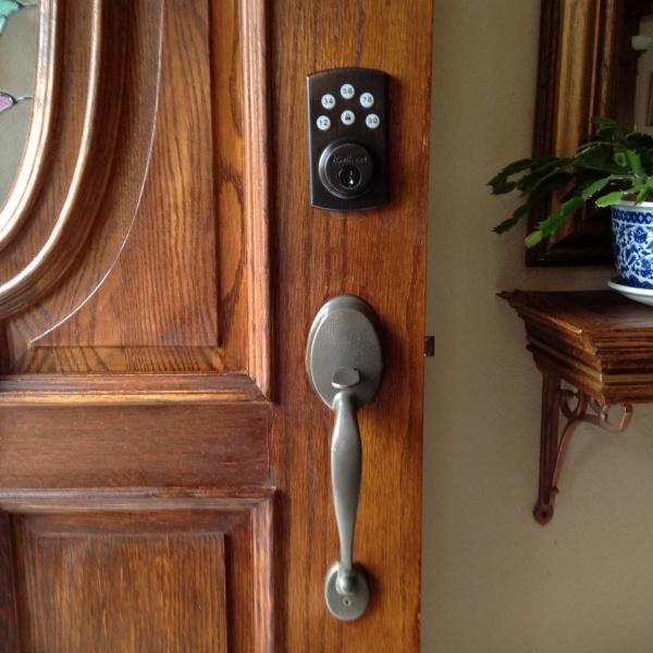 Spray Painting a door handle.-image.jpg