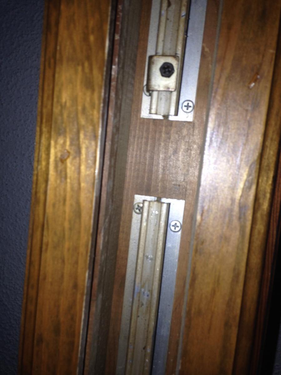 Charmant Pocket Door Off Track Image