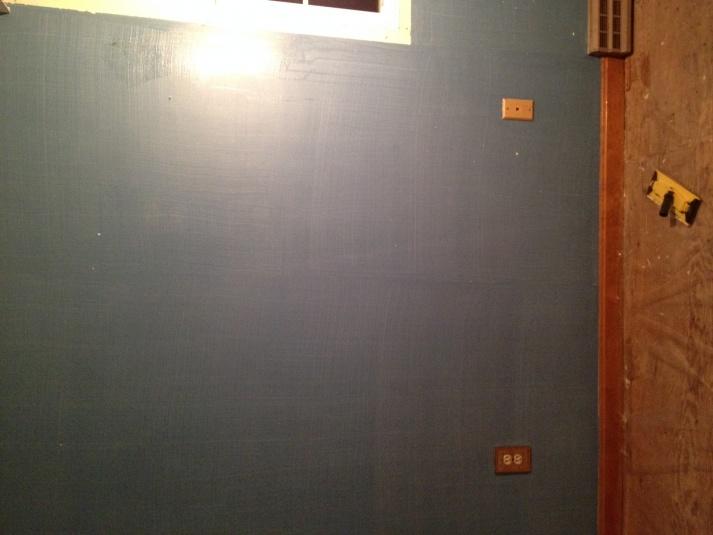 Verticle lines on painted walls-image2.jpg