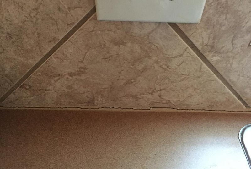 Cracked Caulk Along Laminate And Tile General Diy Discussions