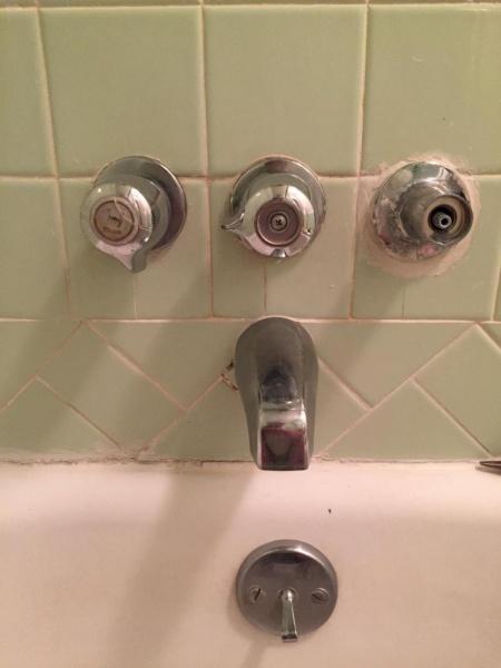 Price Pfister Faucet Leaking - Plumbing - DIY Home Improvement ...