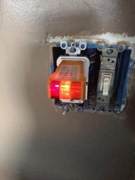 GFCI Outlet With Hot/ground Reverse And Hot/neutral Reverse ...