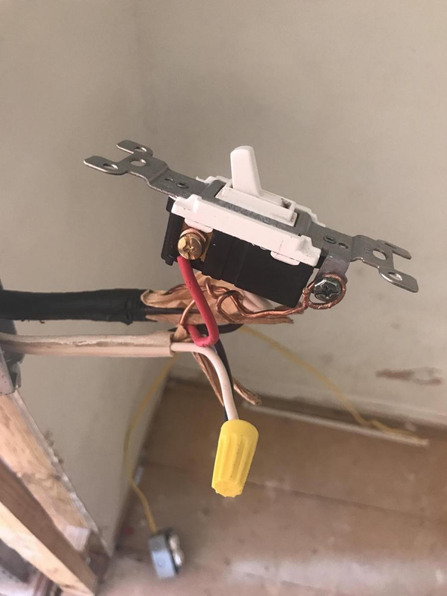 Can I Run An Outlet From My 3 Way Switch Electrical Diy For Image 1528146176982