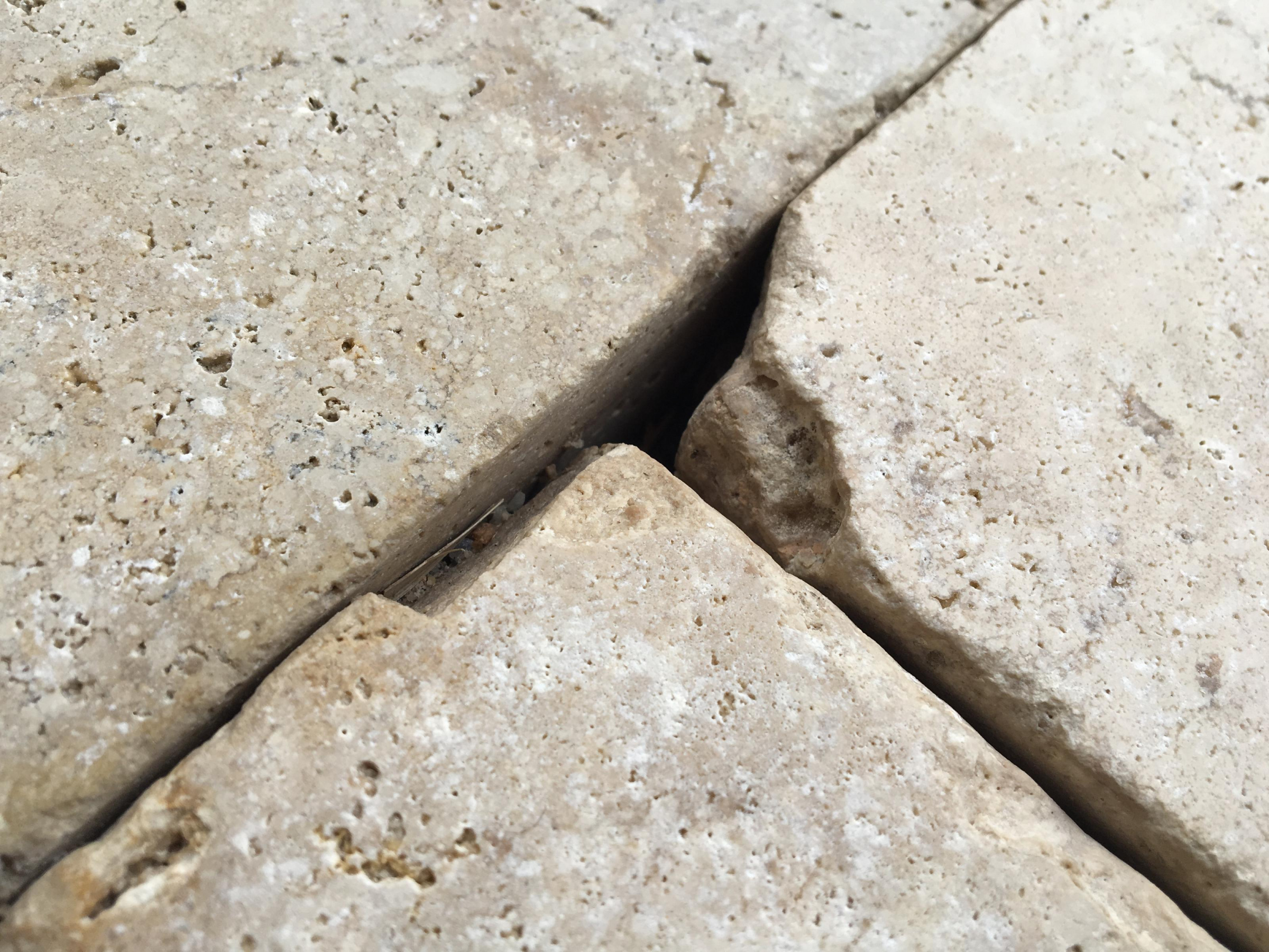 Polymetric grout color for pecan tumbled travertine-image_1555280306206.jpg