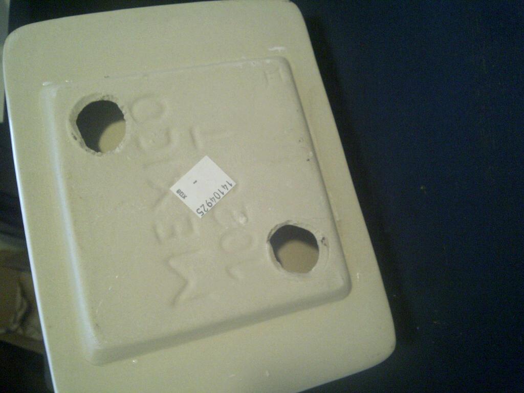 Broken Ceramic Toilet Paper Holder - Built in-img-20110724-00064.jpg