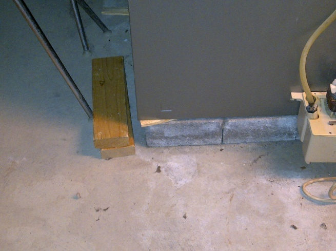 Furnace condensate drain/trap issue-img-20111103-00164.jpg