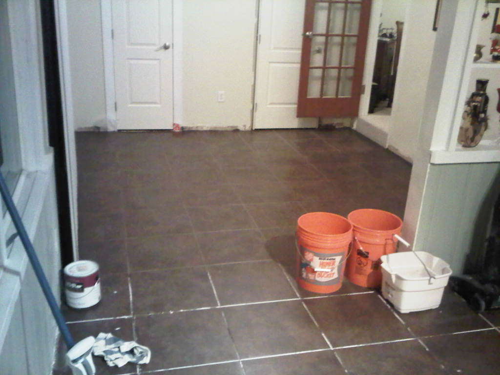 Rookie ceramic tiling mistake!-img-20111220-00316.jpg
