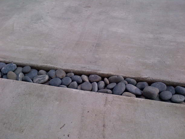 Poor job on New Concrete Driveway-img-20131123-00269.jpg