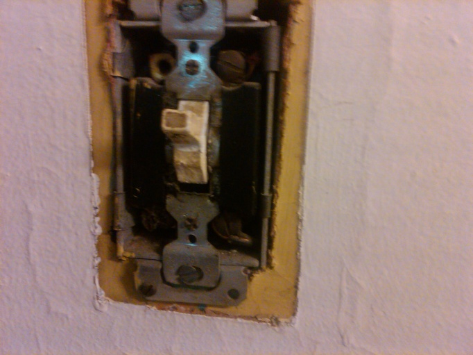 Switch to switch and outlet-img00003-20100430-1054.jpg