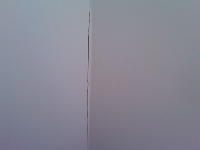 New Home, cracks in drywall. Whats the cause? fix?-img00007-20091222-0828.jpg