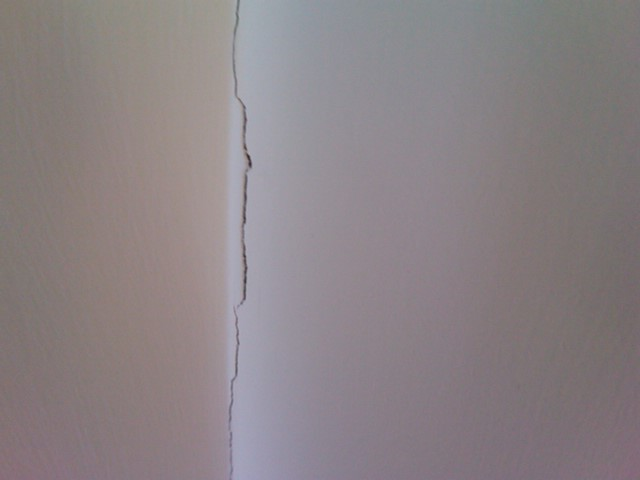 New Home Cracks In Drywall Whats The Cause Fix Drywall
