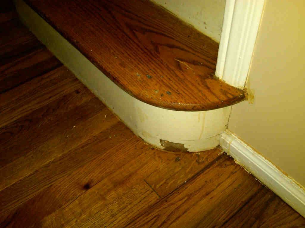 Oops - put a hole in my stairs.-img00029-20090917-0600.jpg