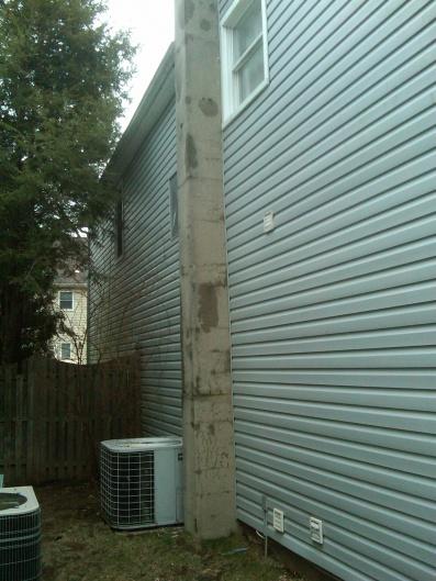 Cracked Concrete Chimeny-img00072-20100124-0915.jpg