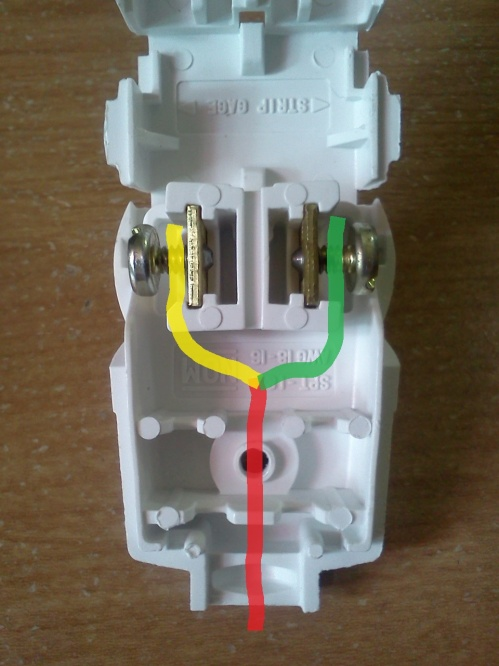 How to wire a straight blade plug?-img026.jpg