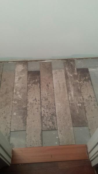 Tile layout in bathroom-img_0014.jpg