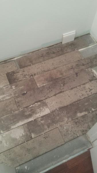 Tile layout in bathroom-img_0015.jpg