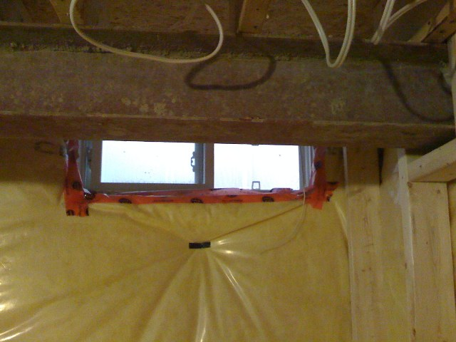 Basement windows above floor joists-img_0019.jpg