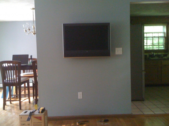 "How to spice up tv on the wall...looks ""bland""-img_0036.jpg"