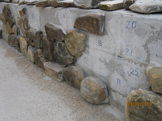 Stone wall problem with mortar-img_0049.jpg