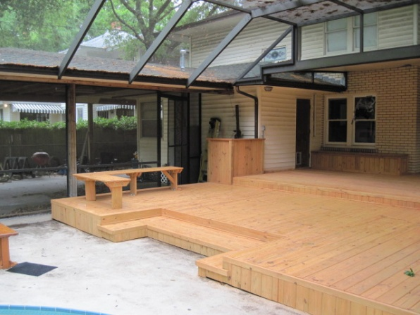 Built-in deck bench-img_0097.jpg