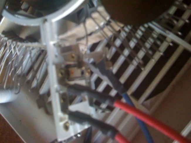Need help with wiring please???-img_0140.jpg