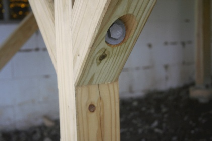 help - pressure treated 4x4 deck posts splitting-img_0146.jpg