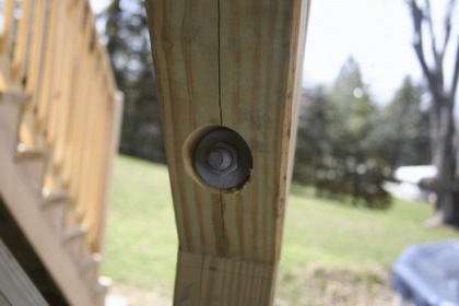 help - pressure treated 4x4 deck posts splitting-img_0147.jpg