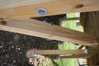 help - pressure treated 4x4 deck posts splitting-img_0151.jpg