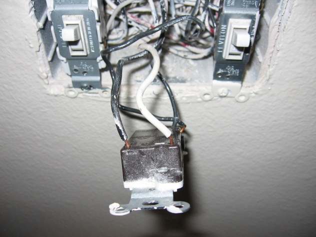 Wiring an Intermatic Wall Timer in a three way switch-img_0205-1.jpg