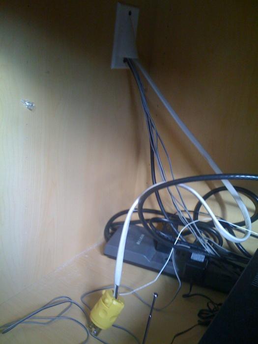 Wiring OK? Fire hazard?-img_0212.jpg