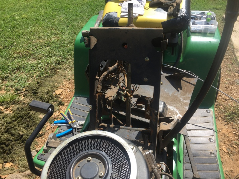 Throttle Cable Replacement on JD-img_0239.jpg