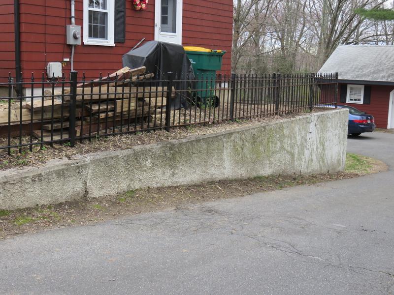 Fence Around Top Of Retaining Wall Img 0278 Jpg