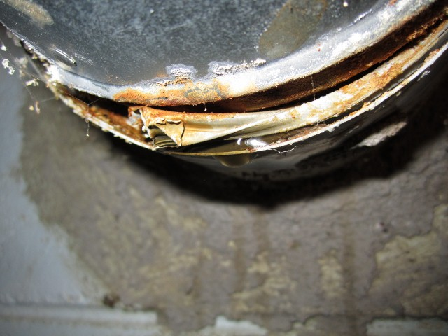 Furnace exhaust stack related leak-img_0310-640x480-.jpg